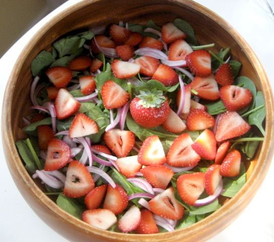 spinach-strawberry-salad3