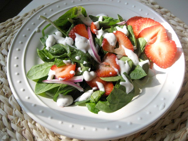 spinach-strawberry-salad4