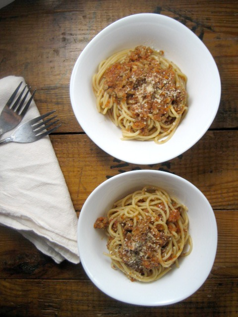 spaghetti bolognese with turkey keys to the cucina 4