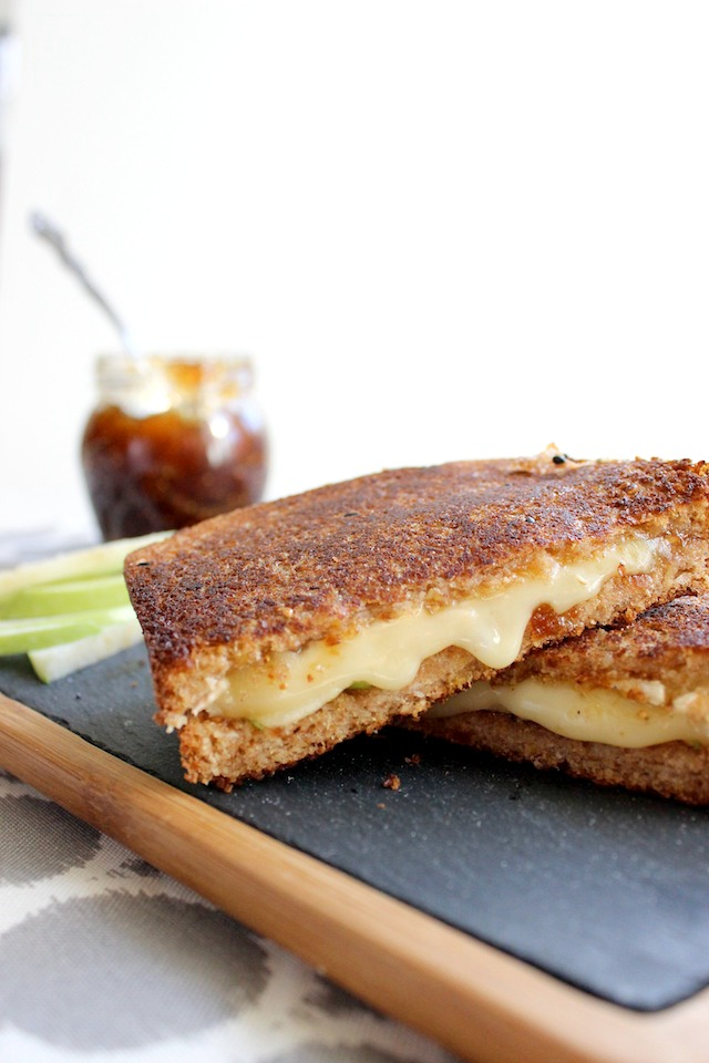 grilled cheese with brie green apples and fig jam 2