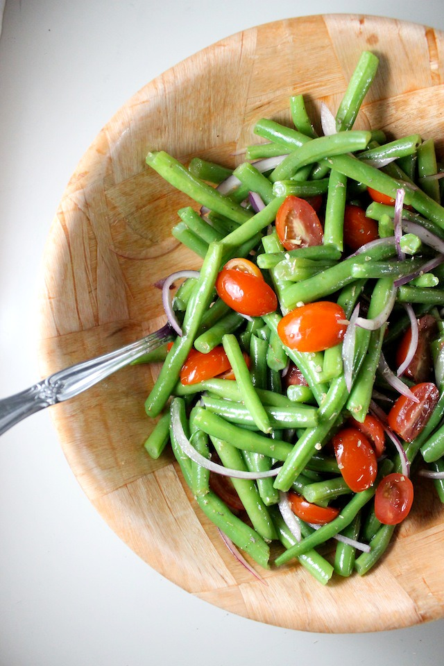 green bean salad tomatoes red onion red-wine vinaigrette keys to the cucina 3