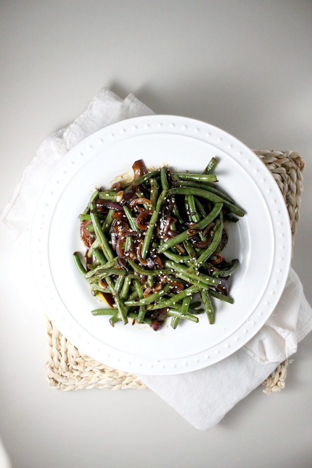 spicy asian green beans garlic red onion sesame seeds keys to the cucina 4