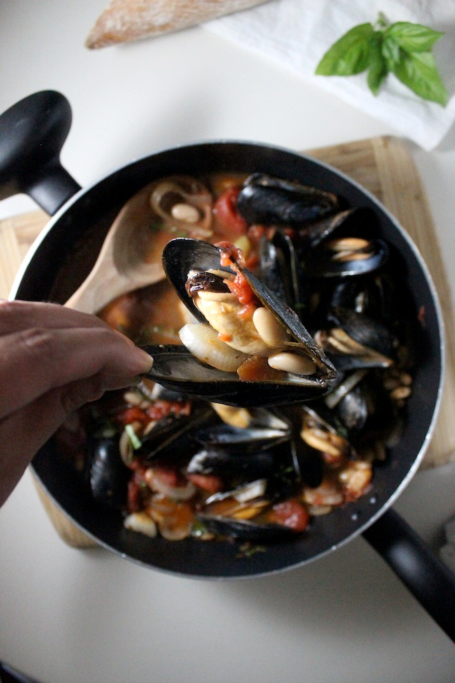 mussels cannellini beans tomato basil keys to the cucina 2