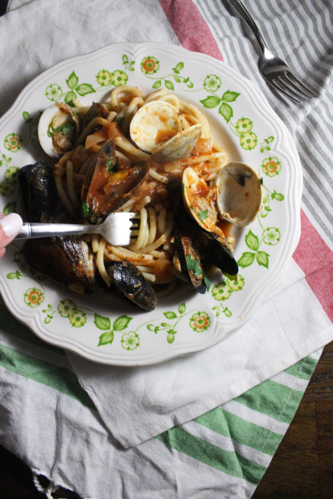 mussels clams red sauce bucatini keystothecucina.com 4