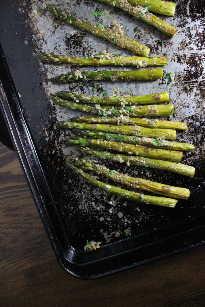roasted-asparagus-parmesan-breadcrumbs-keys-to-the-cucina-2