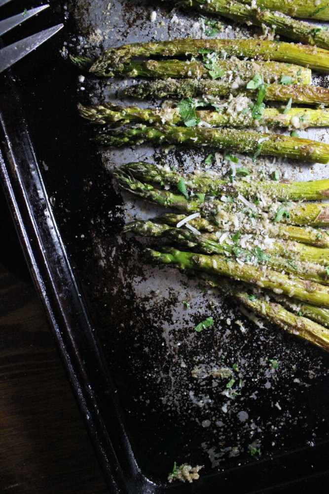 roasted-asparagus-parmesan-breadcrumbs-keys-to-the-cucina-3